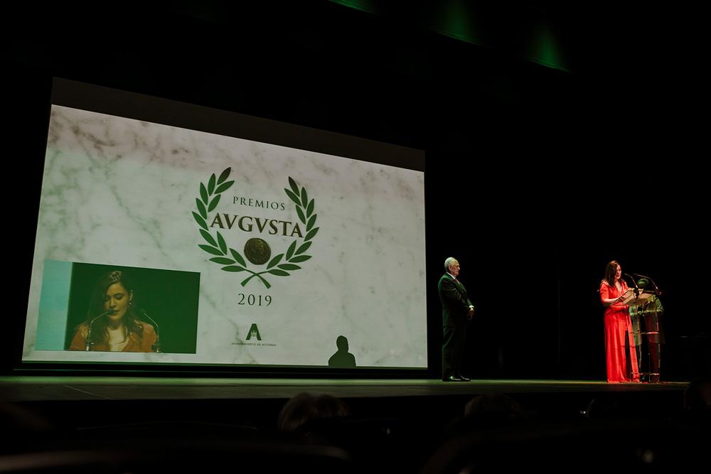 Cruz Campa premio Augusta